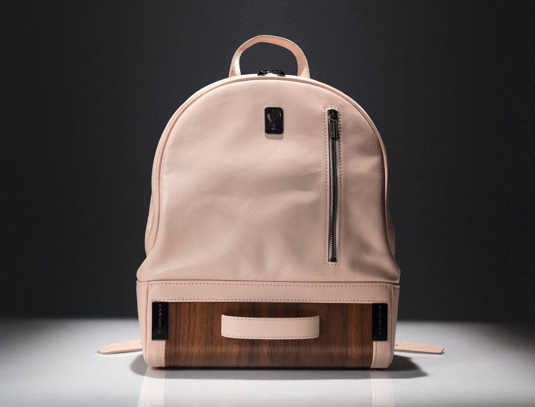 beyond_border_midi_backpack_03
