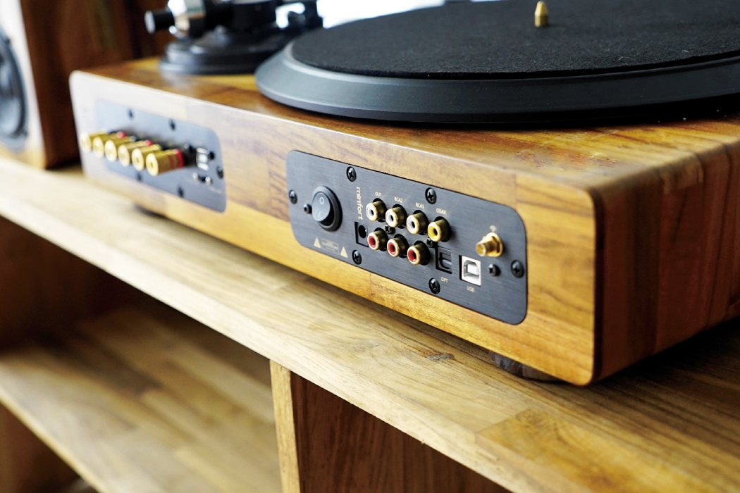 tt8_wooden_turntable_08
