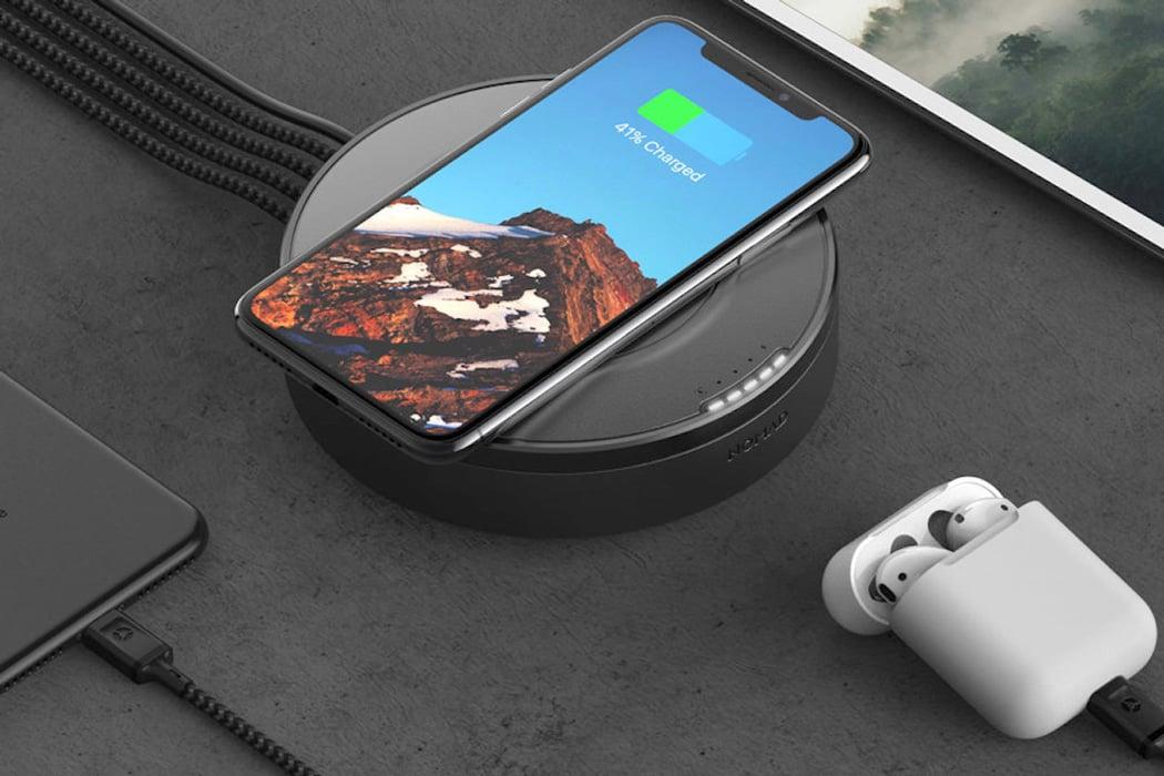 nomad_wireless_charging_hub_03