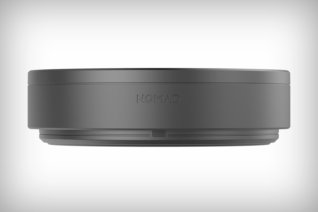 nomad_wireless_charging_hub_07
