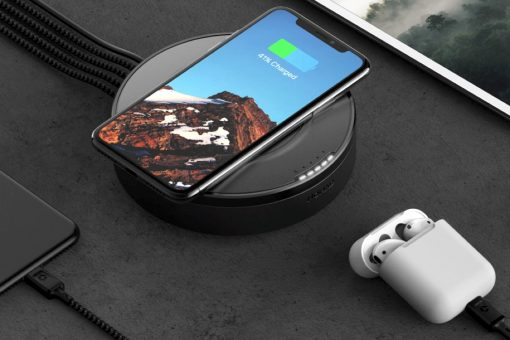 nomad_wireless_charging_hub_cover