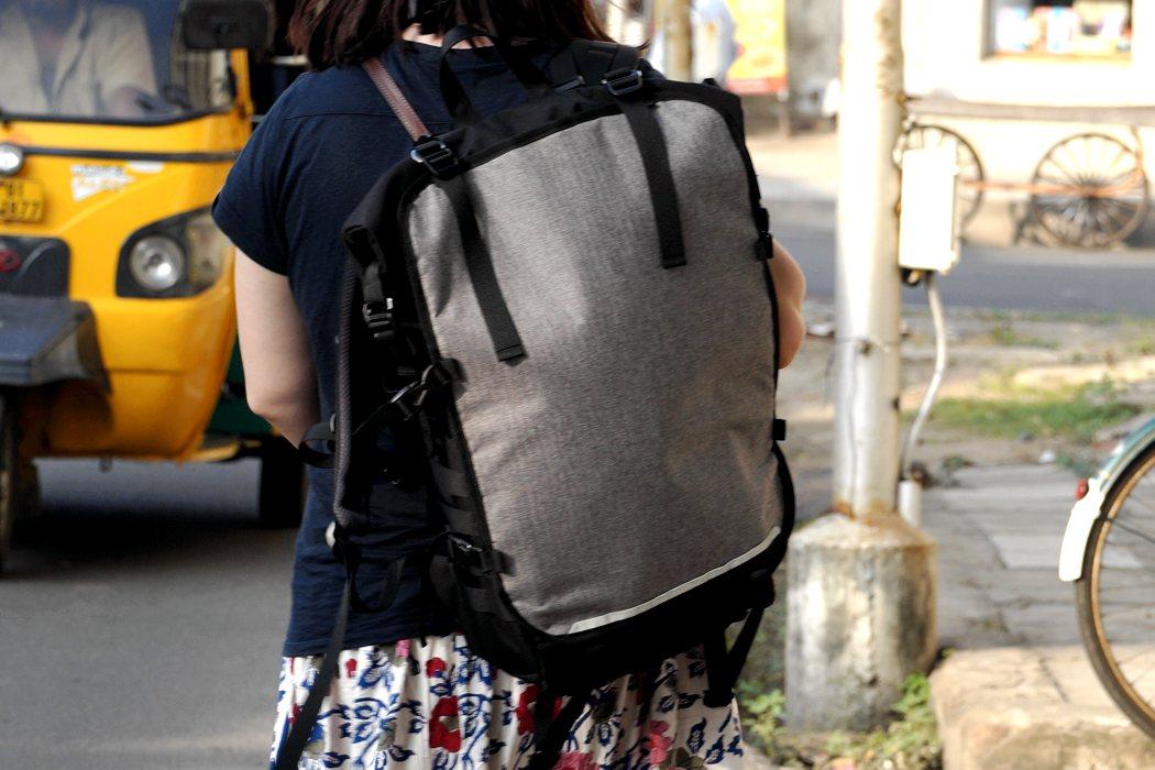 liger_modular_backpack_07