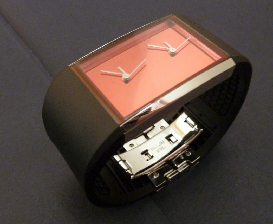 dual_time_watch