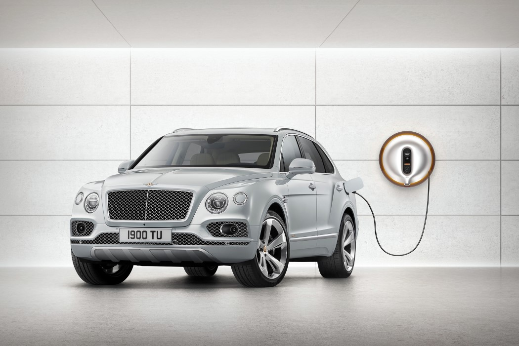 bentley_starck_powerdock_1