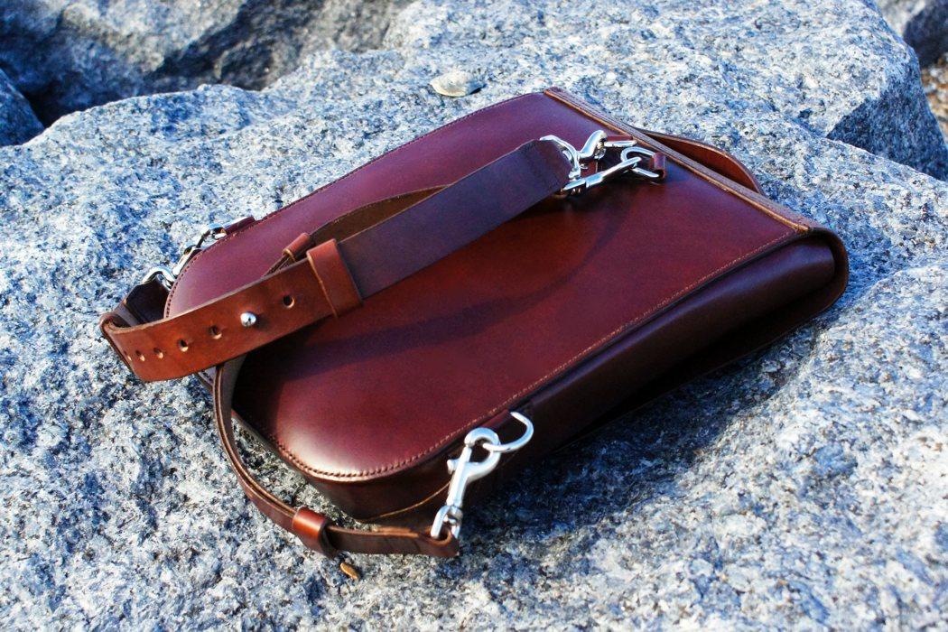 leatherback_backpack_05