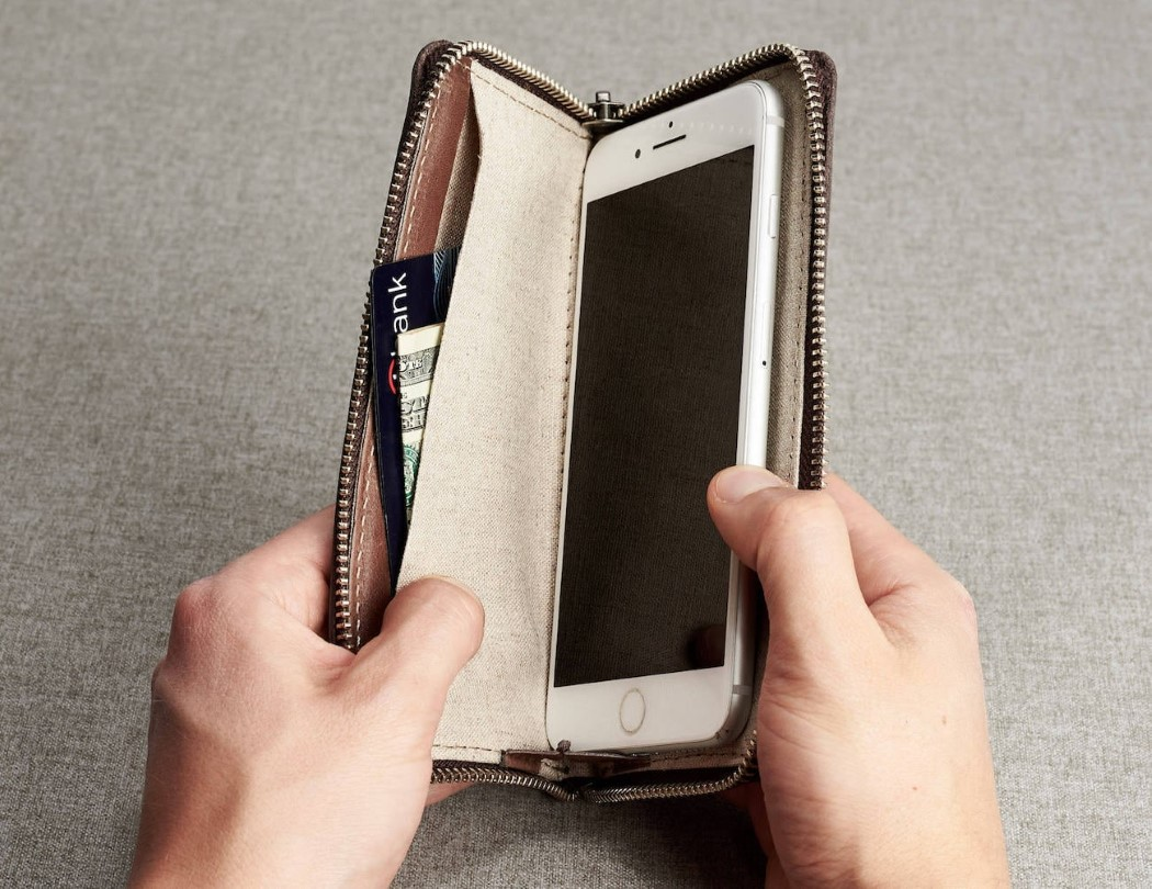 capra_iphone_wallet_5
