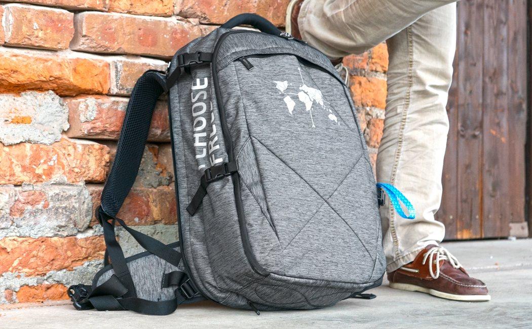 digital_nomad_35_ultimate_backpack_12