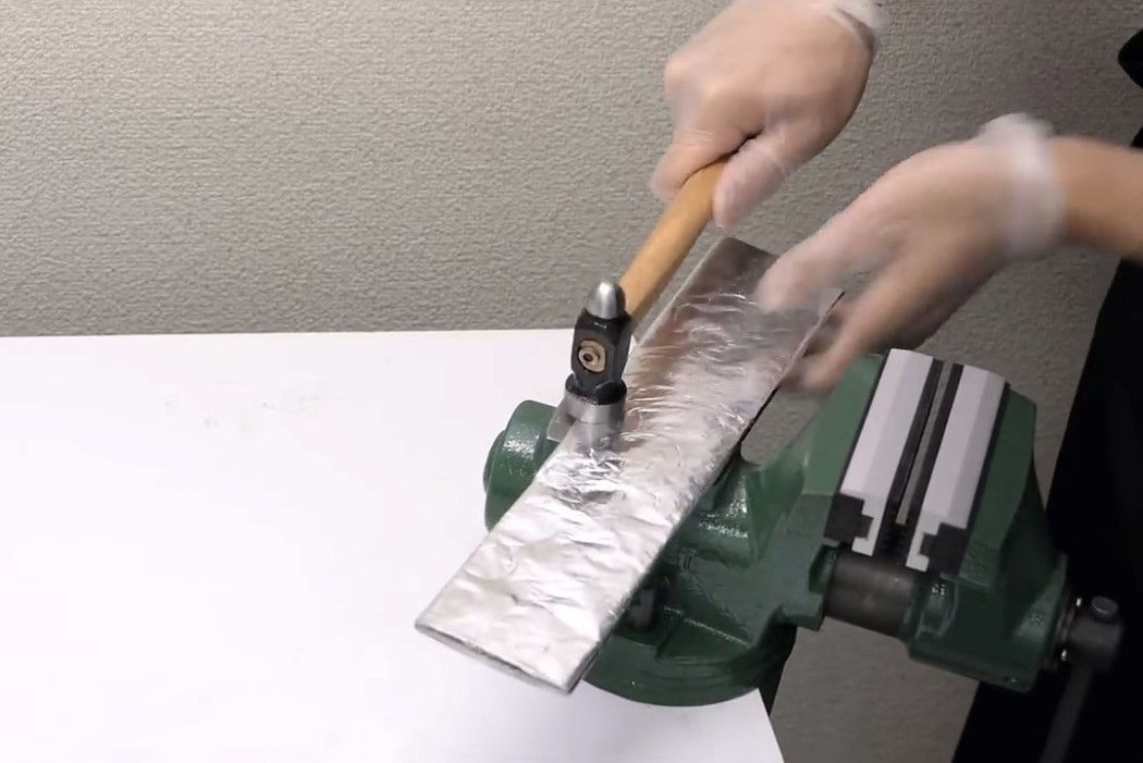 aluminium_foil_knife_3