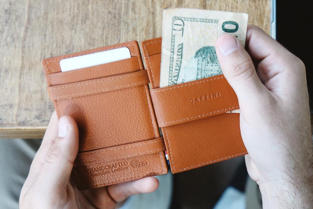 slim_magic_wallet_05