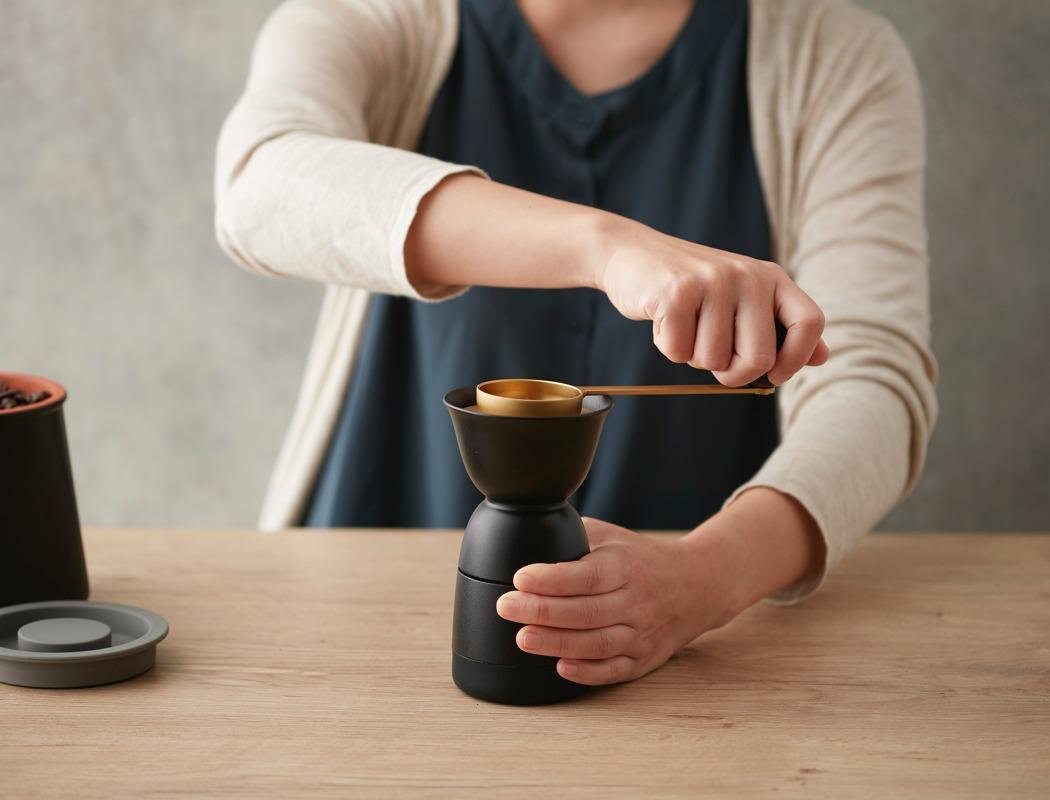 jia_coffee_grinder_02