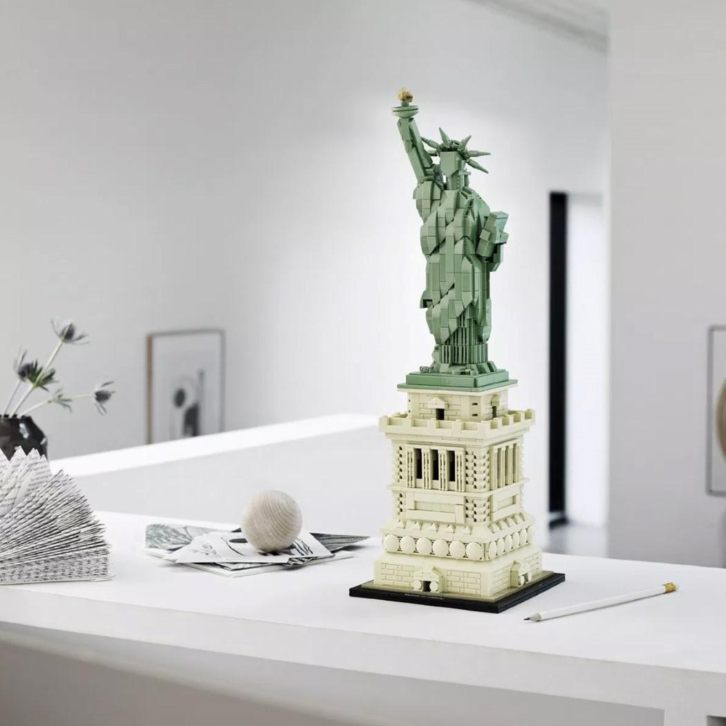 lego_statue_liberty_2