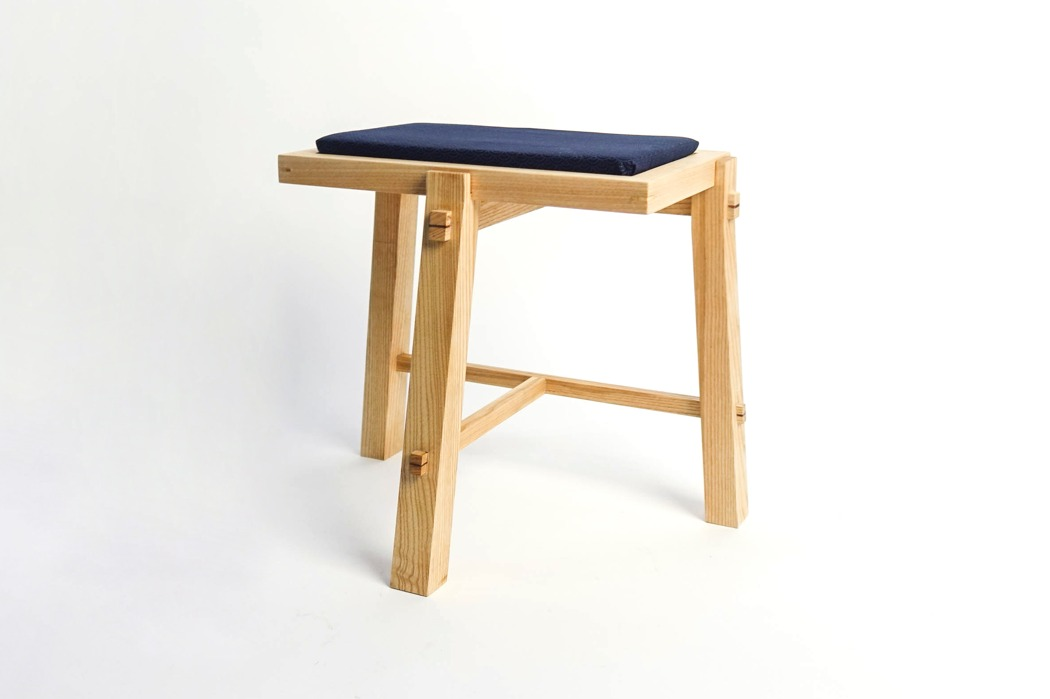 san_table_chair_03
