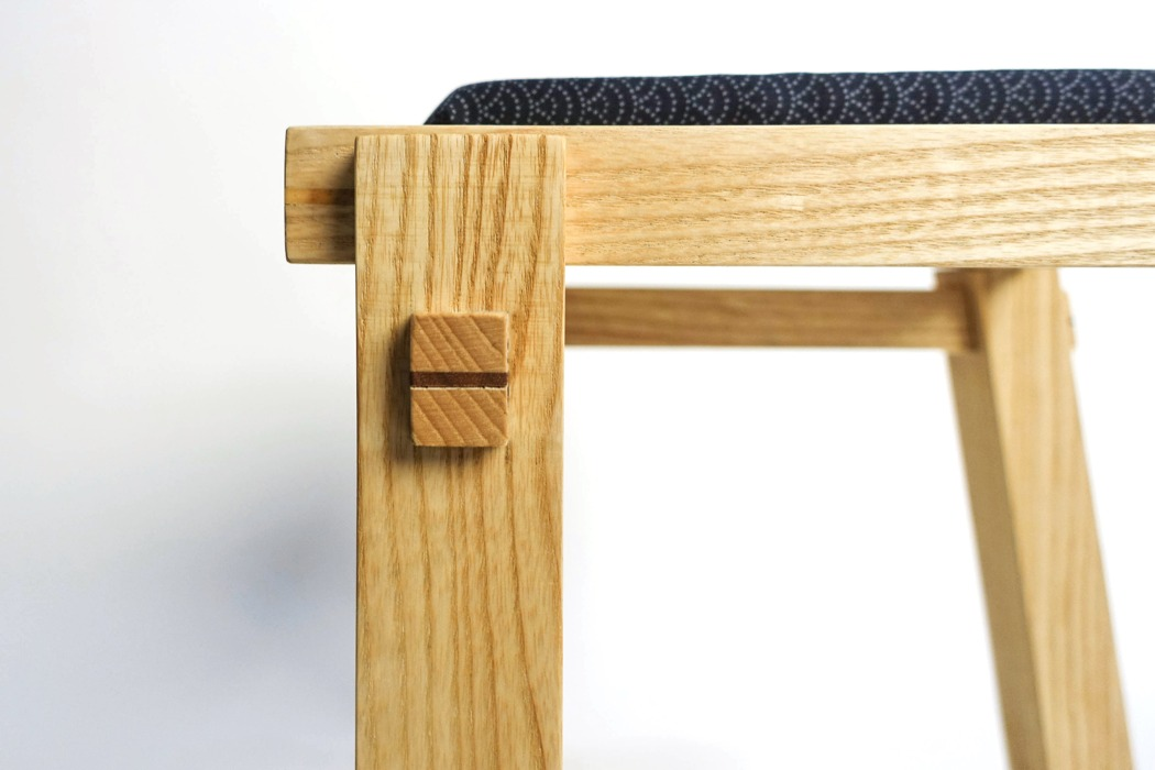 san_table_chair_09