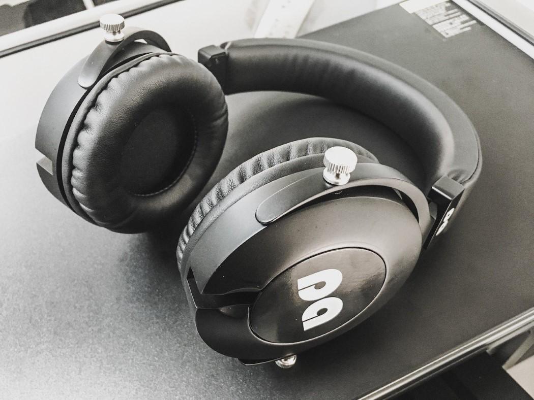 zaanu_headphones_3