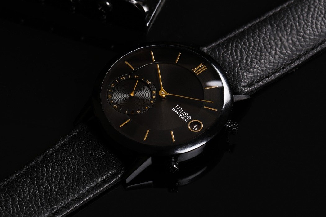 The Muse is a 100% Smartwatch and a 100% Analog Watch