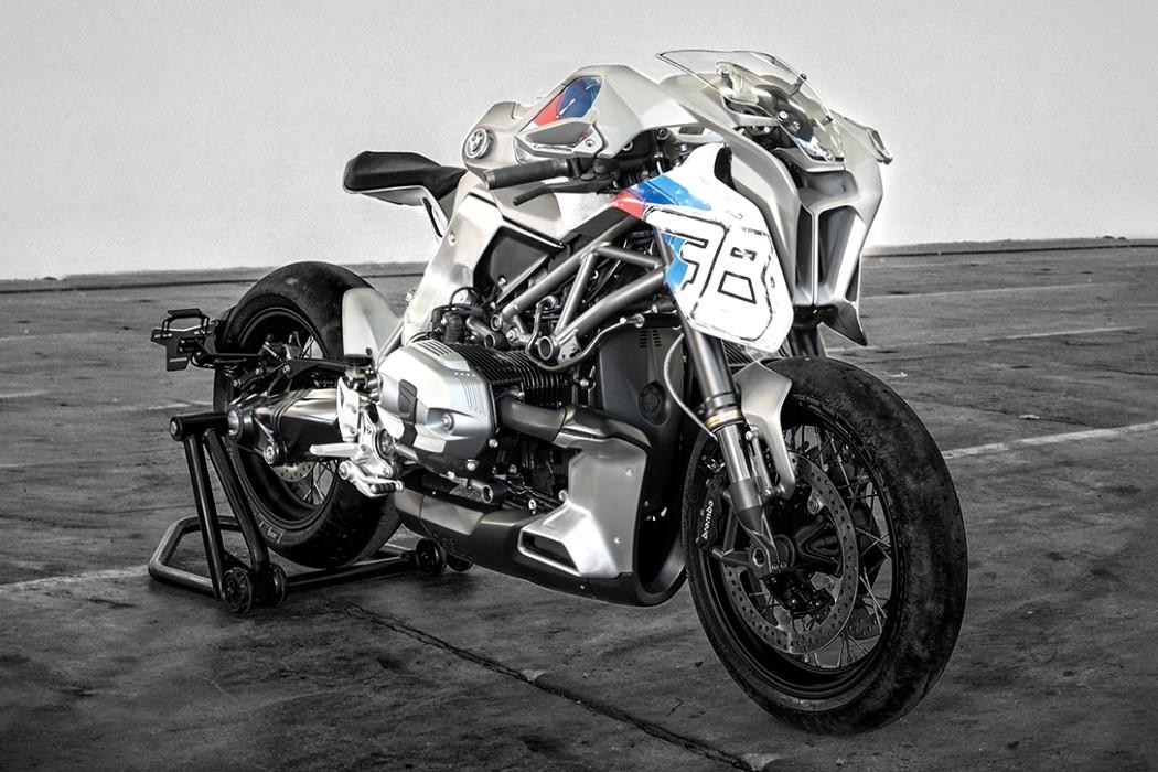bmw_motorbike_blechmann_2