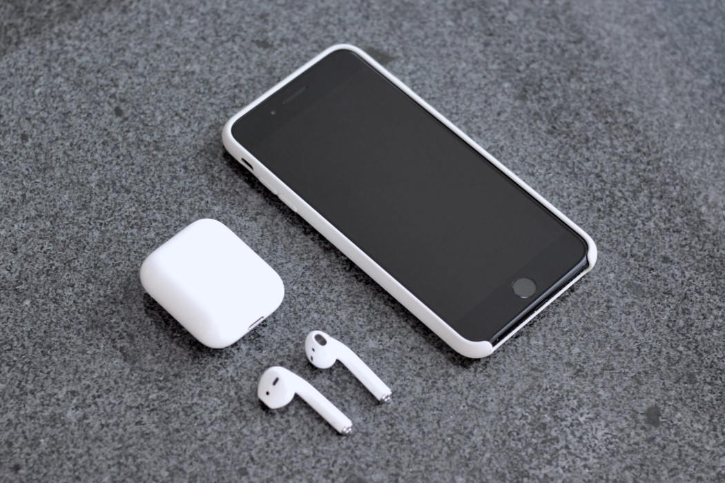How To Charge Your Iphone Without An Outlet