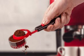 The Levoop is a super-duper coffee scooper!