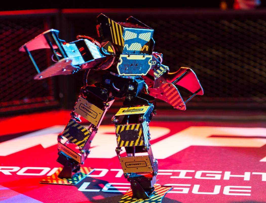 super_anthony_battle_robot_02
