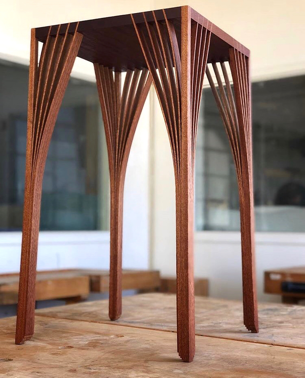 mahogany_table_by_tim_demuth_2