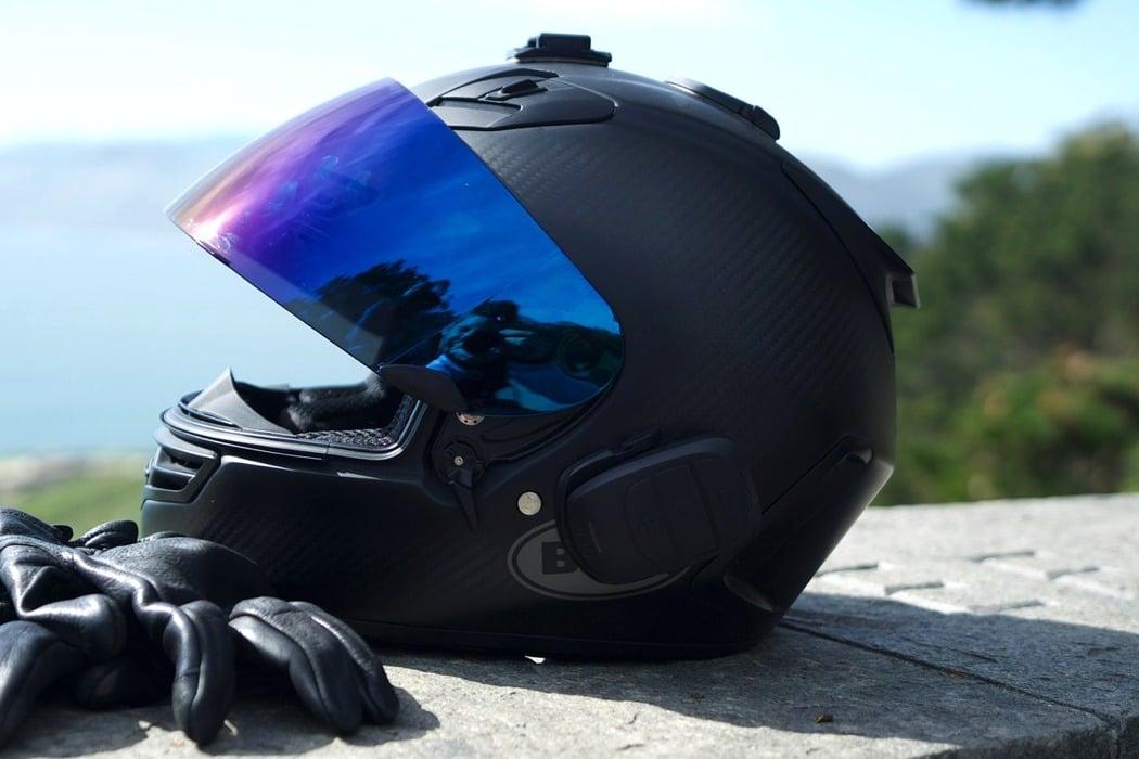 domio_helmet_audio_system_01