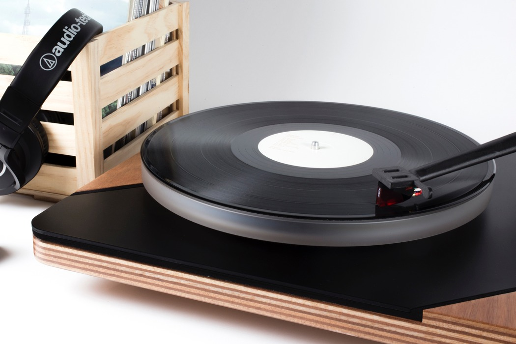 logigram_turntable_01