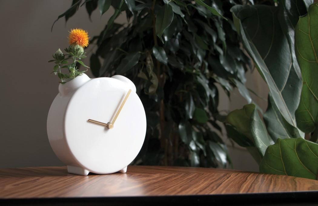 clock_vase_1