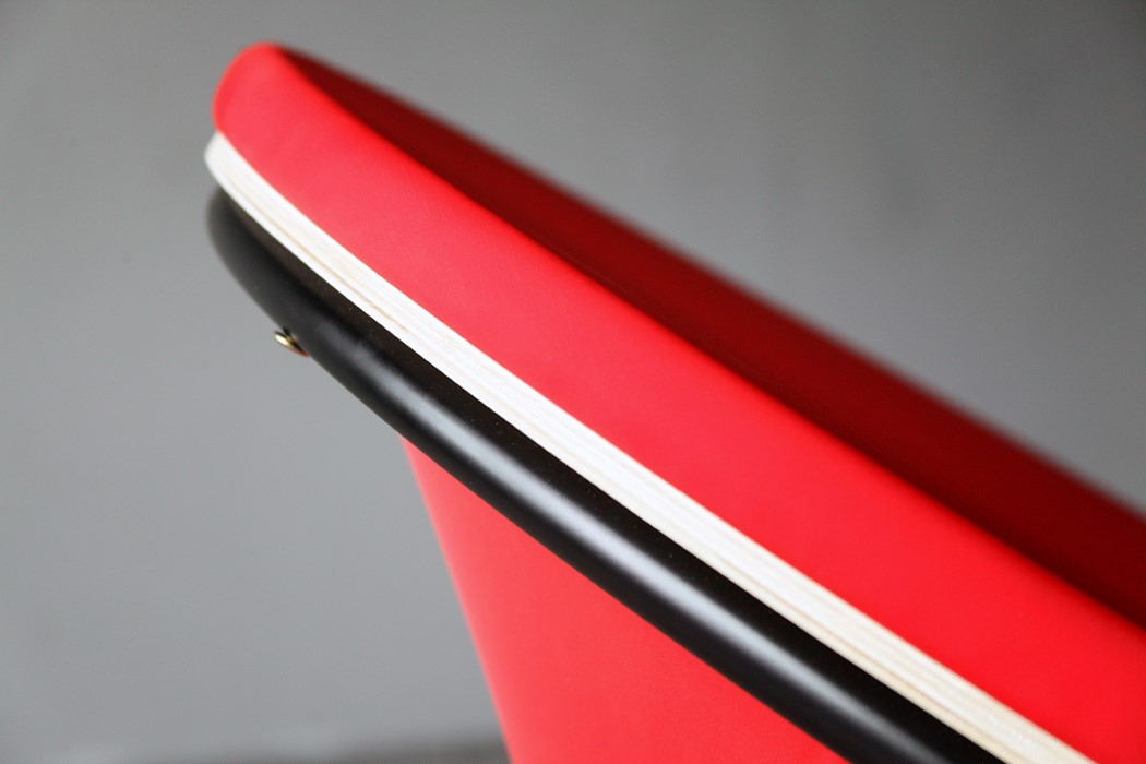 red_dot_chair_4