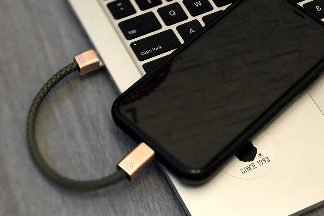 nils_charging_cable_bracelet_03