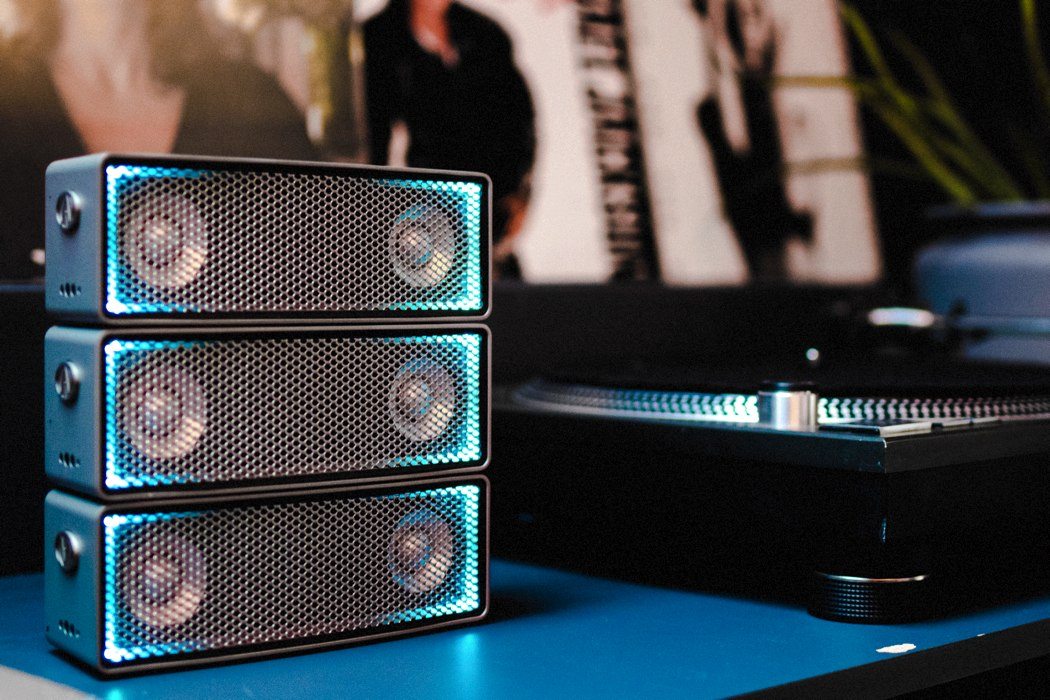 soundots_stackable_speaker_04