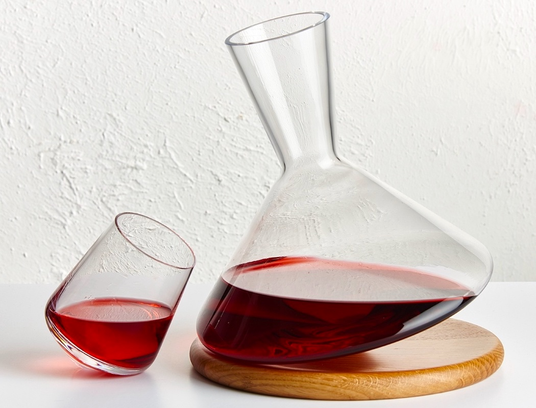balance_wine_decanter_by_nude