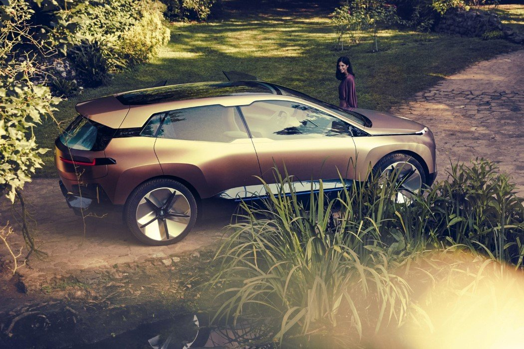 bmw_vision_inext_2018_10