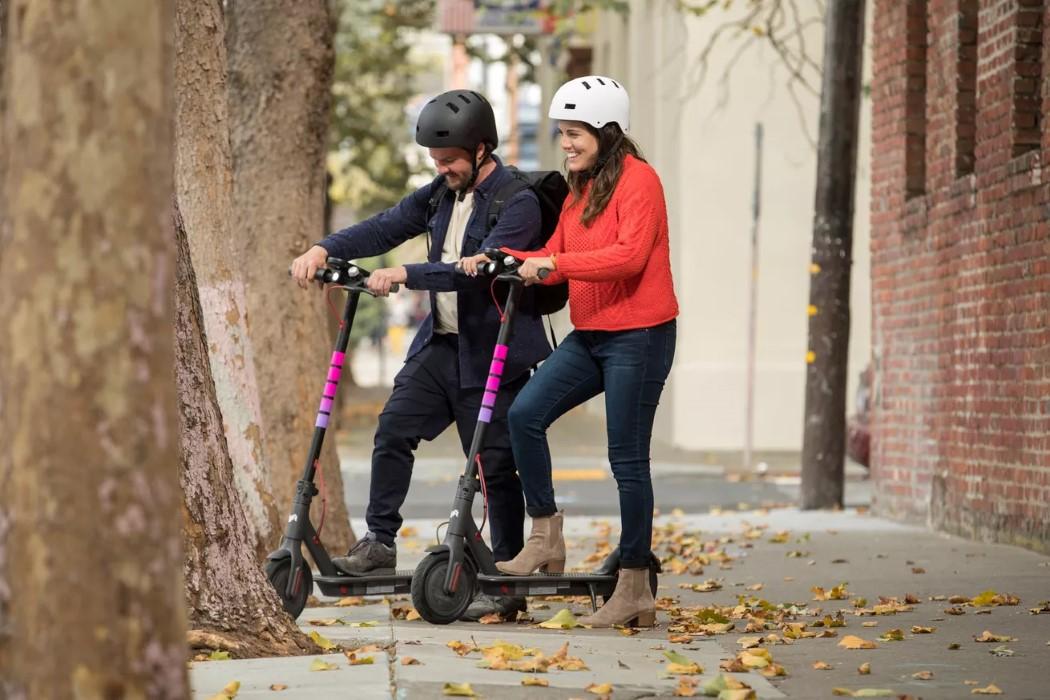 lyft_scooters_2