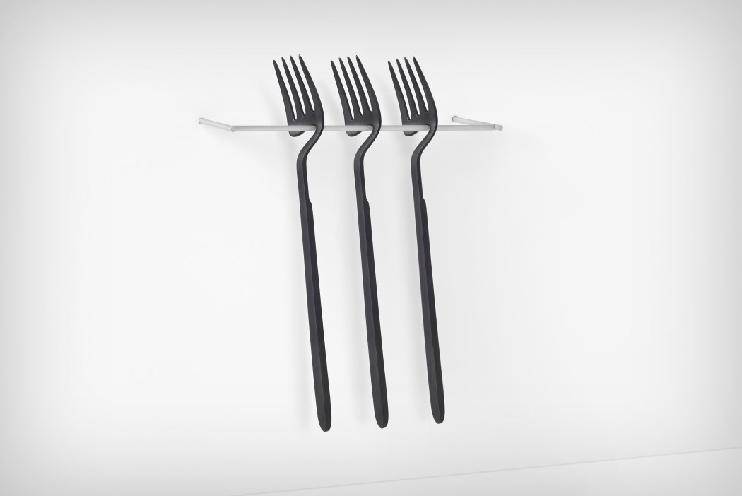 Nendo's minimal, skeletal cutlery design has a functional purpose