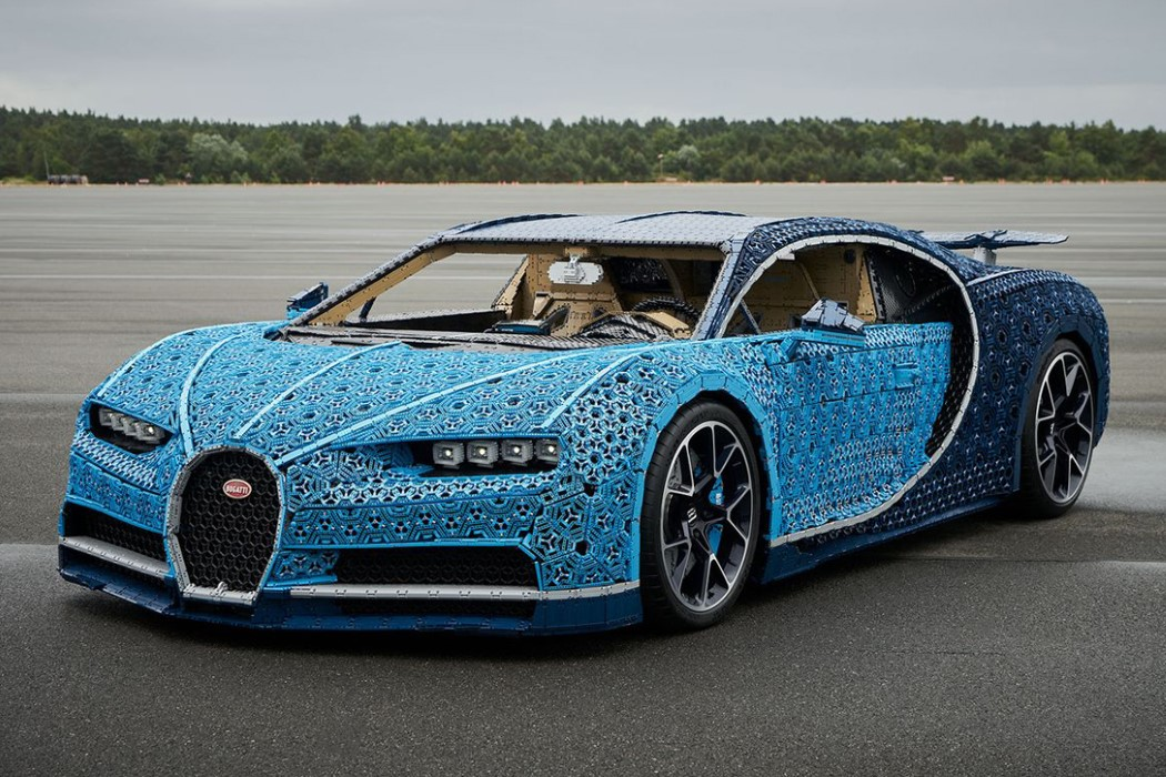 lego technik s bugatti chiron is the ultimate toy for. Black Bedroom Furniture Sets. Home Design Ideas