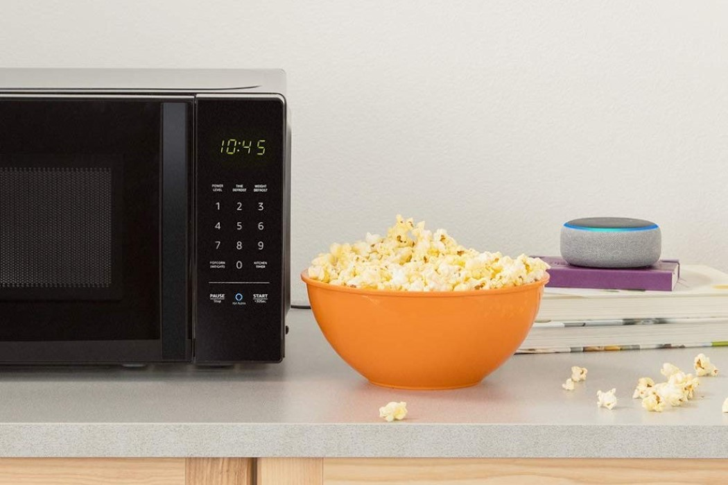 amazon_basics_microwave_2