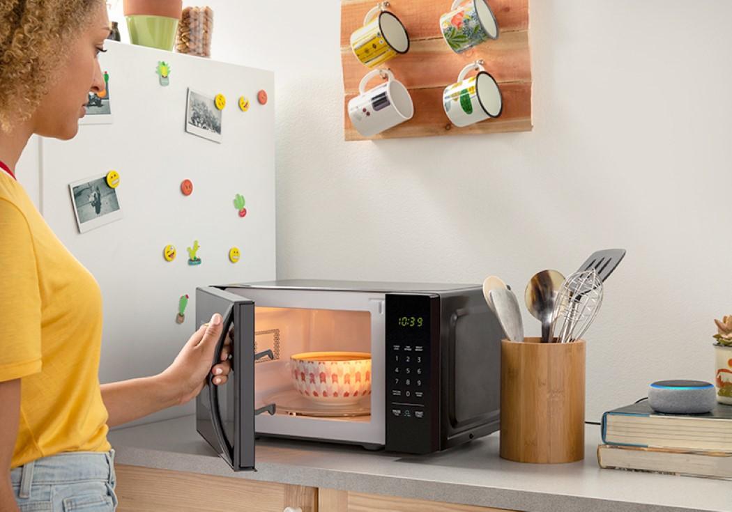 amazon_basics_microwave_4