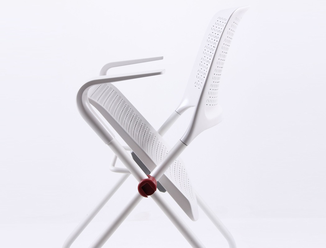poly_chair_04