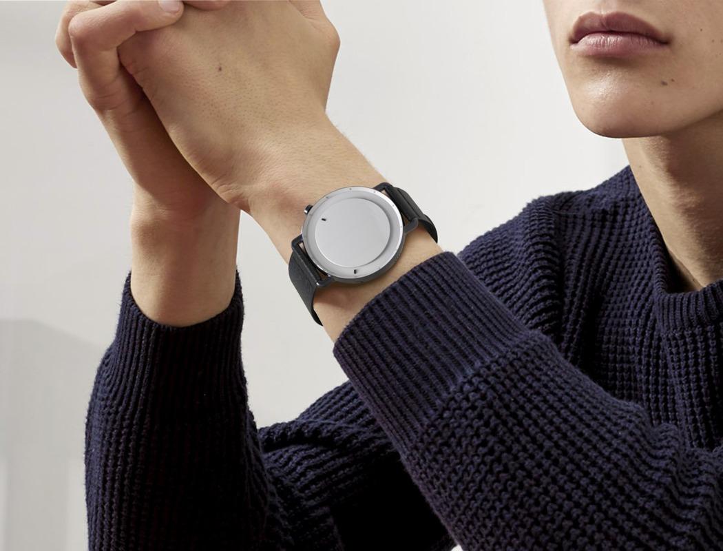 minimum_hybrid_smartwatch_01