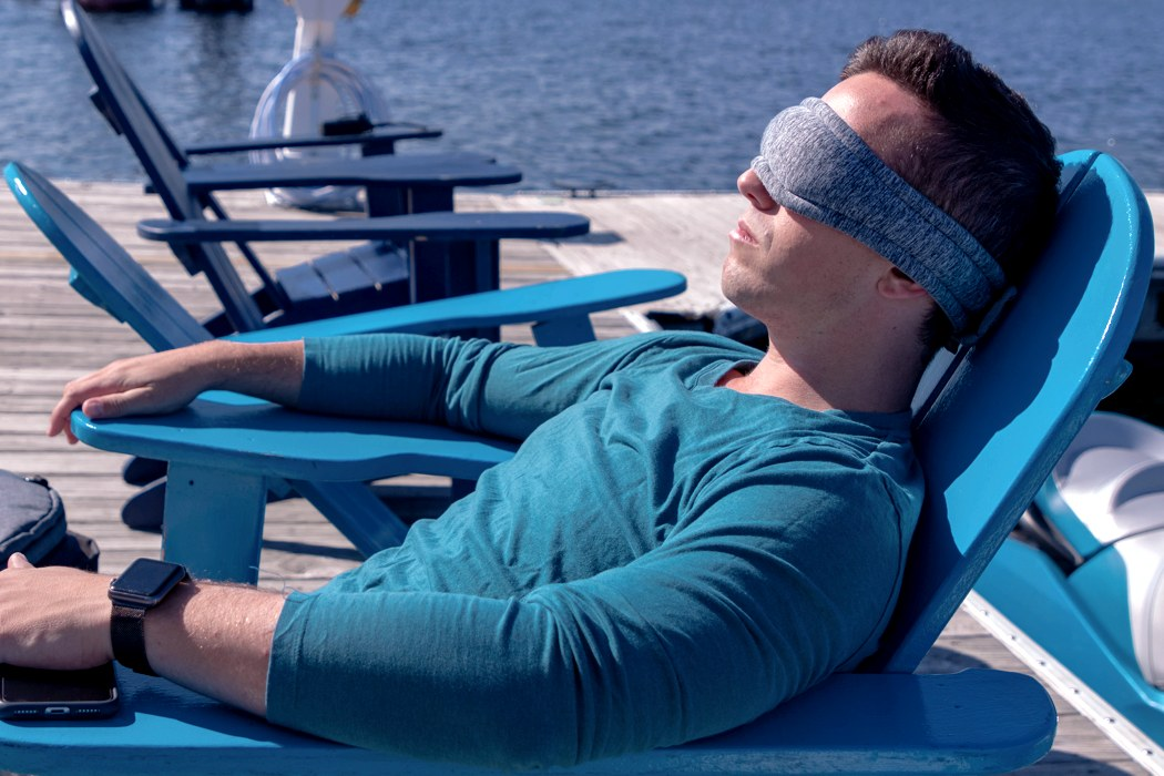 voyage_adjustable_sleep_mask_02