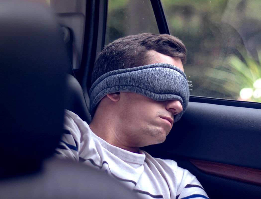 voyage_adjustable_sleep_mask_03