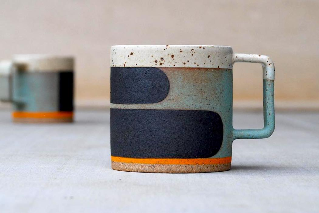 B_Mug_by_pawenastudio