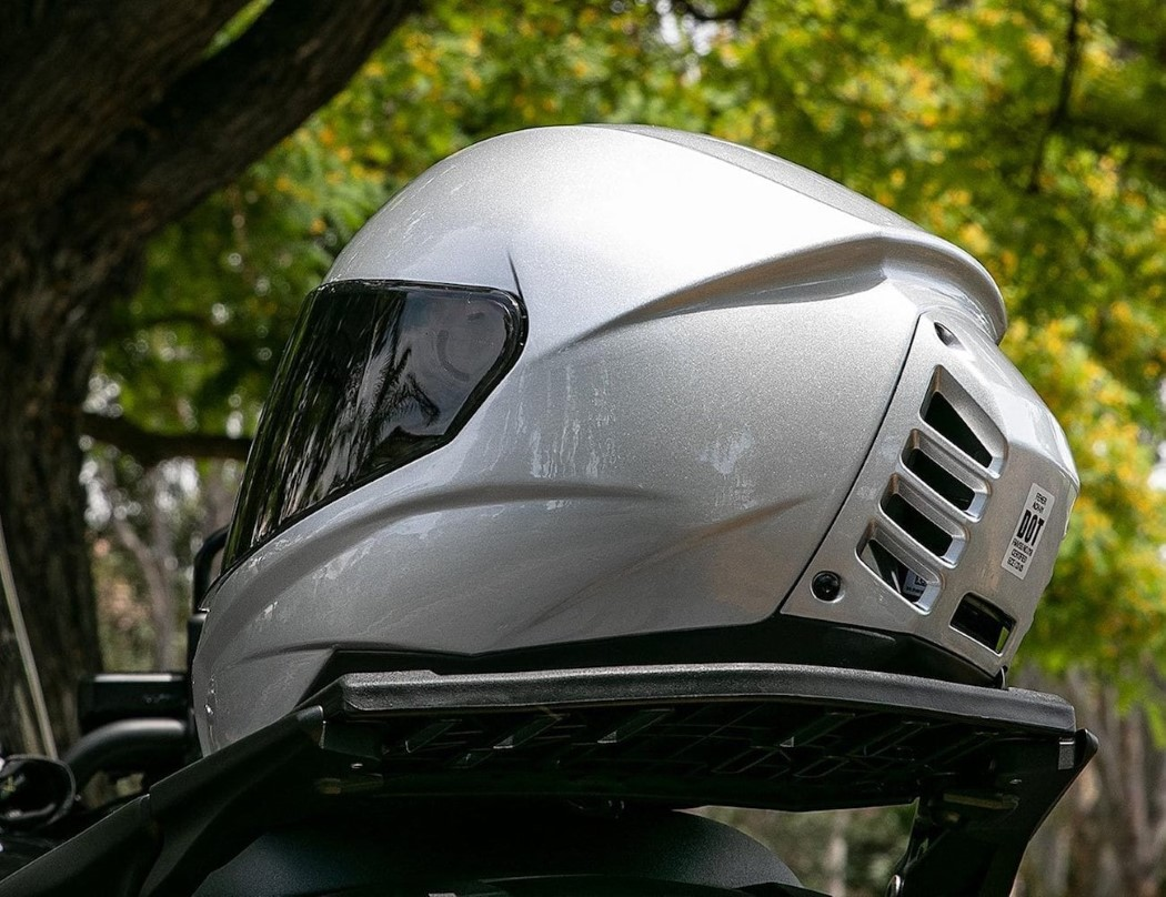 Feel The Breeze With This Helmet That Has Its Own Air