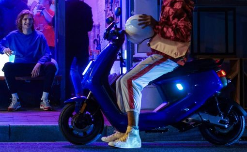niu_electric_scooter_hero