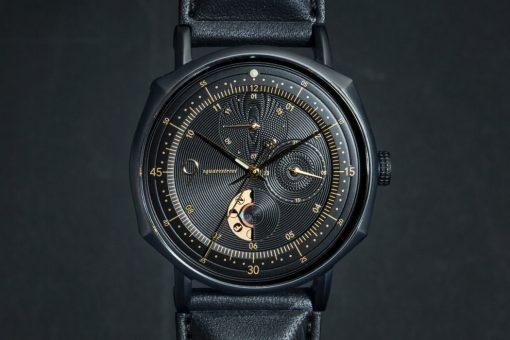 novem_moon_phase_chronograph_watch_layout