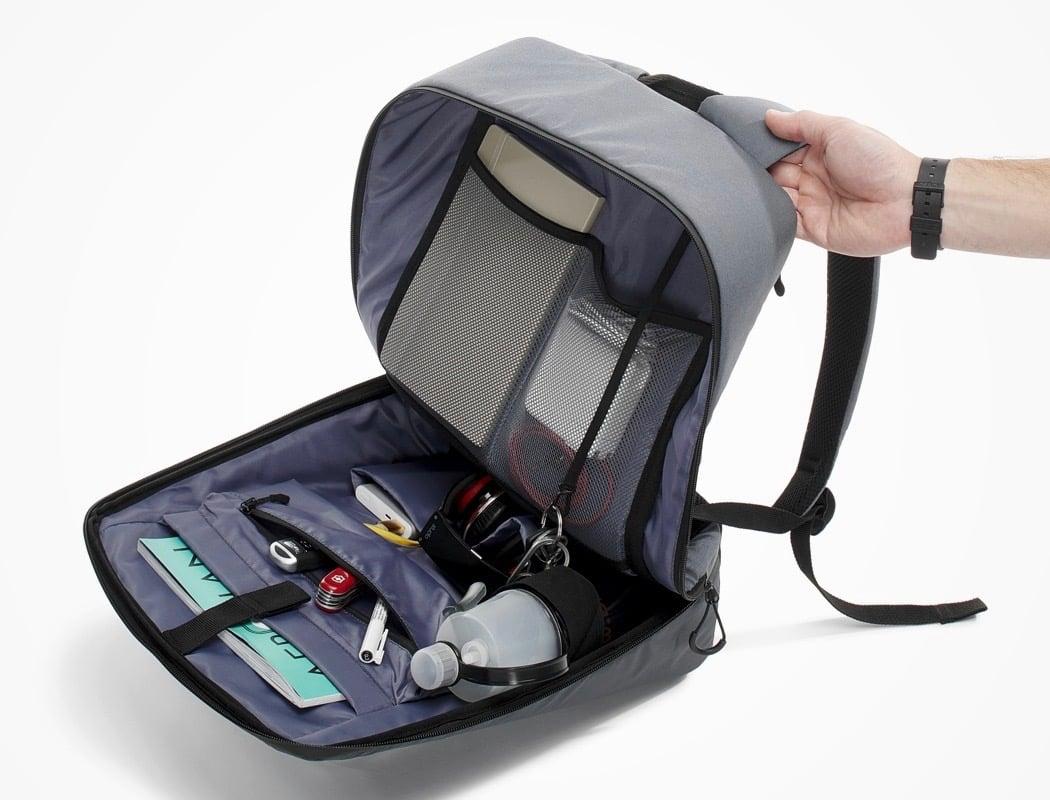 pix_digitalized_backpack_13