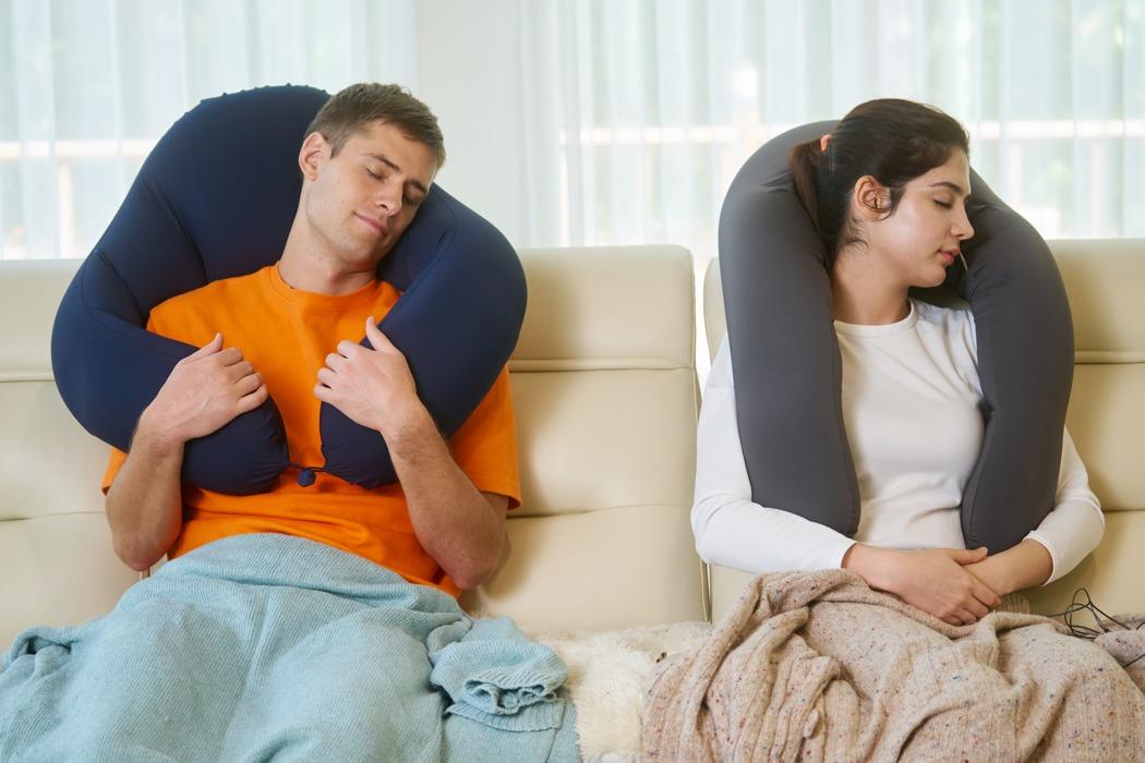 sentim_anywhere_pillow_02