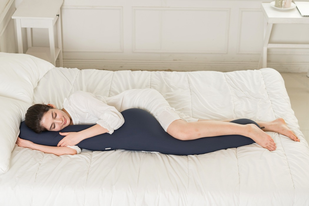 sentim_anywhere_pillow_03