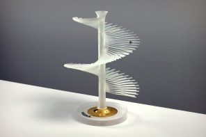 This 3D printed hourglass should get a design award!