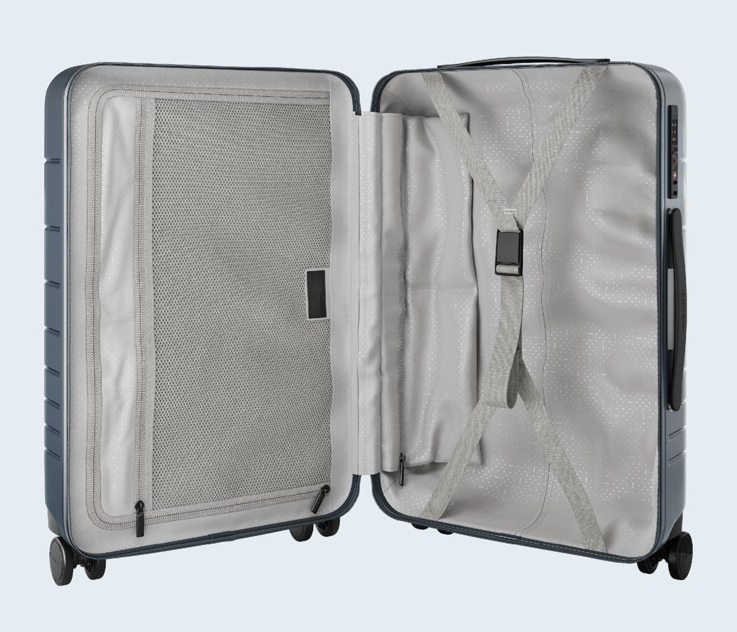 monos_premium_minimalist_luggage_10